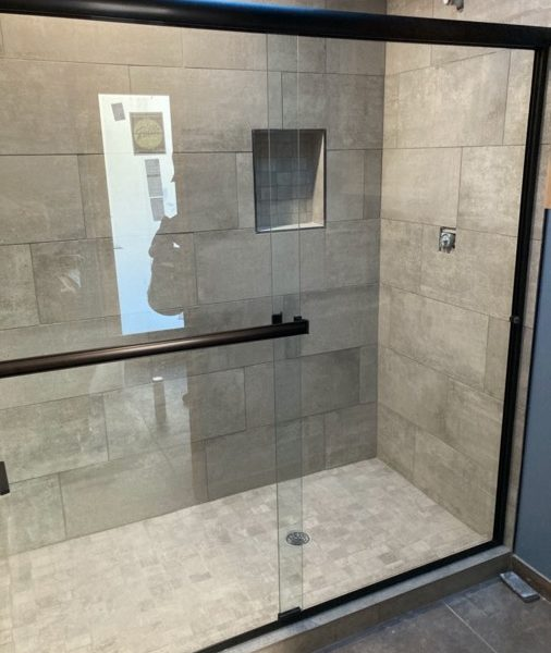 MSG-Shower-Glass-Install-IMG_4077