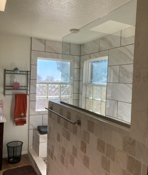 MSG-Shower-Glass-Install-IMG_4154